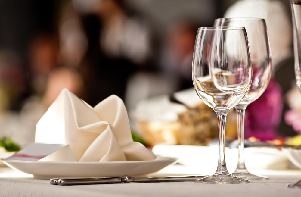 white restaurant table linens